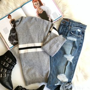 Brandy Melville ❤️ Crew Neck Sweater